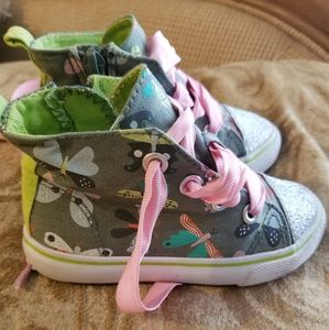 Cat & Jack Sparkly Butterfly Hi tops - size 7